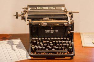 old-typewriter2